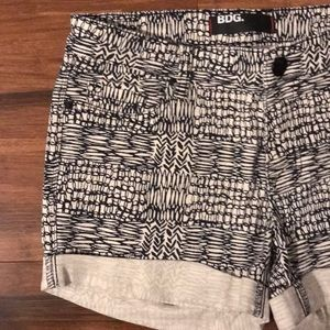 BDG Black and White Graphic Shorts Size 27